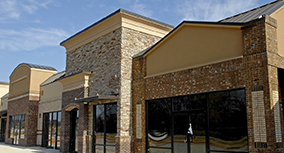 Commercial roofing provided by experienced commercial roofing co